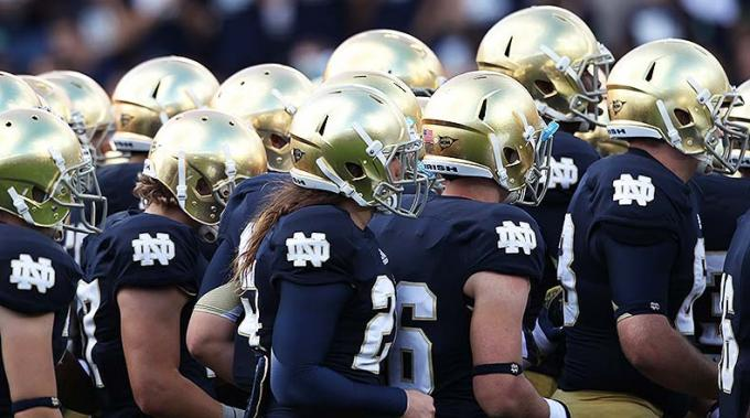 Notre Dame Fighting Irish vs. New Mexico Lobos at Notre Dame Stadium